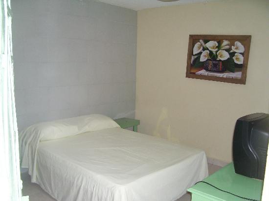 Aventura Hotel: Habitacion Sencilla