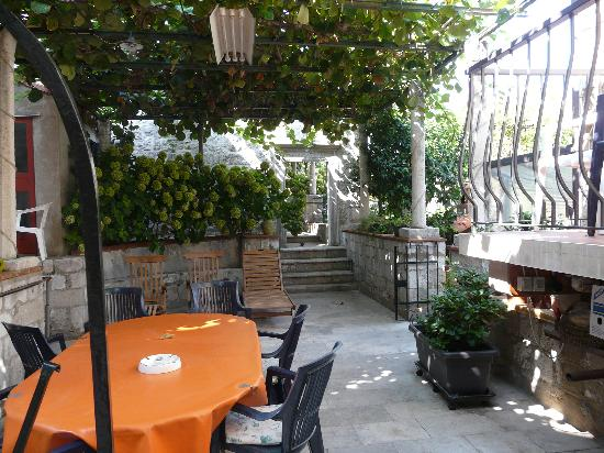 Family House Fascination: Patio