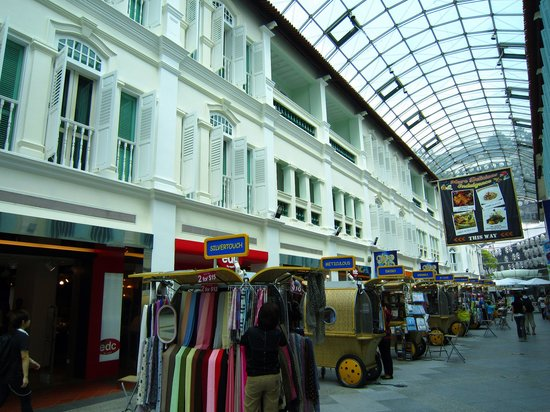 Bugis, Singapura: ground floor