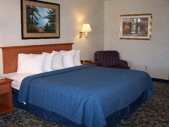 Quality Inn Lake George: Single king room