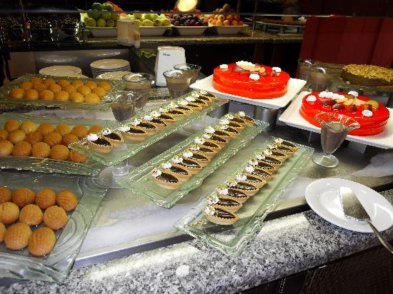 TUI BLUE Marmaris: A selection of desserts