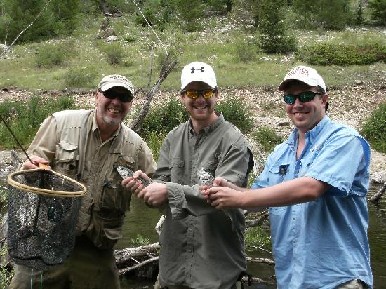 Valle vidal fishing picture of fagan 39 s guided fly for Red river new mexico fishing