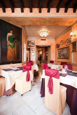 Restaurante La Reina Zingara: Salón Cervantes