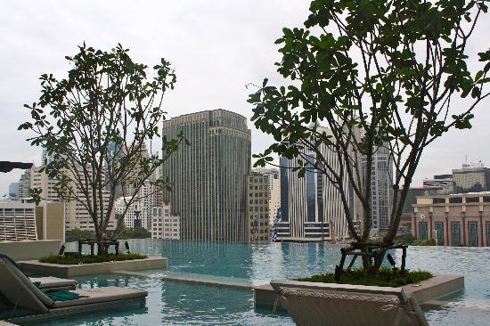 ศิวาเทล กรุงเทพ: Awesome pool area