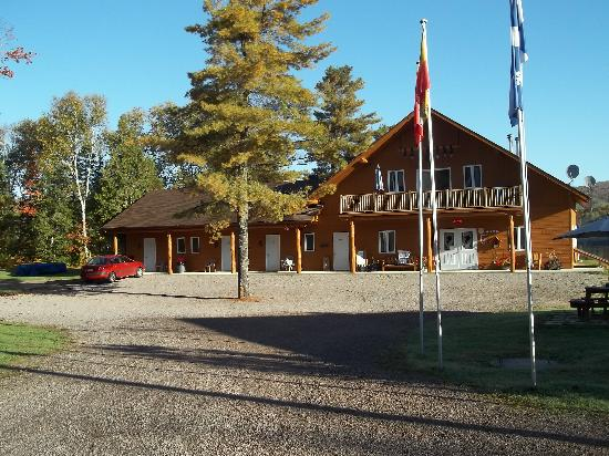 Motel Ours Bleu: Vue sur le Motel