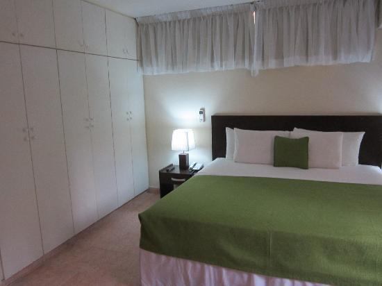 AZ Hotel & Suites 사진