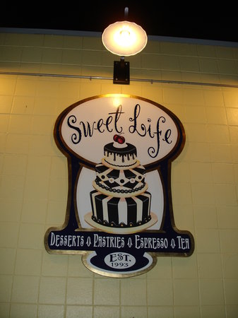 ‪Sweet Life Patisserie‬