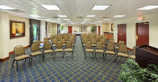 هامبتون إن جافني: Meeting & Conference Room