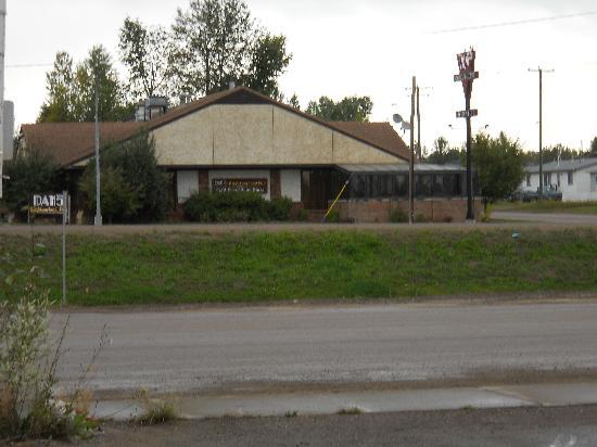 Dan's Neighbourhood Pub & Beer, Wine Store : Picture of Dans Neighborhood Pub