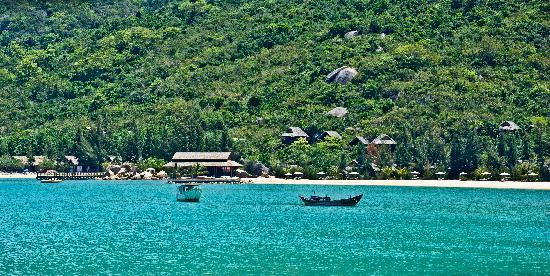 An Lam Ninh Van Bay Villas: The Private Bay