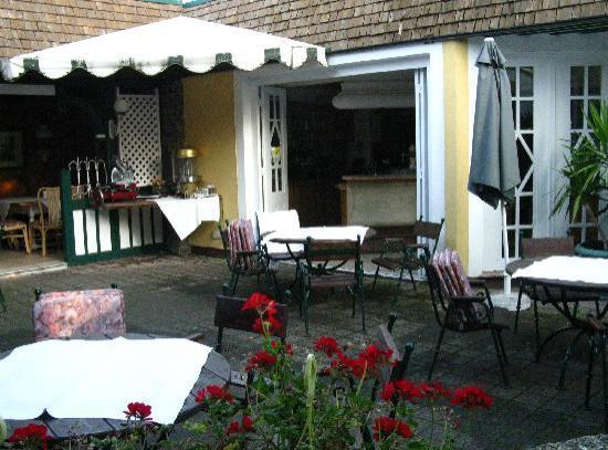 Hotel Lindner: Gastgartem