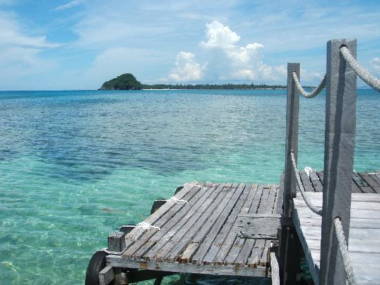 Pulau Mantanani Besar, Μαλαισία: Mantanani viewed from dive lodge deck