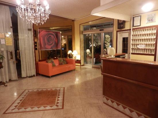 Hotel Granada: hall