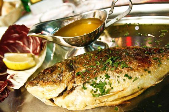 Il Leone Rosso Ristorante Pizzeria: Excellent Pesce Fresco