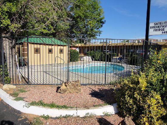 Redrock Country Inn : mini piscine