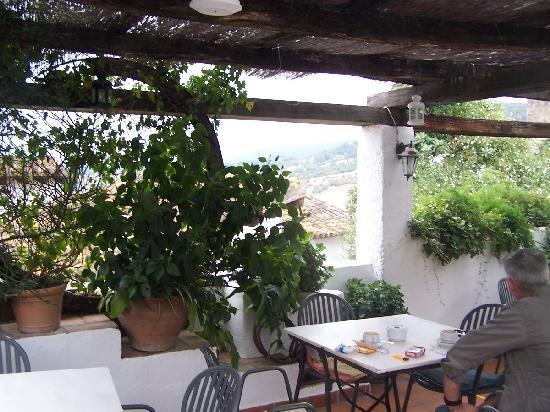 Hostal El Anon: Terrace at El Anon