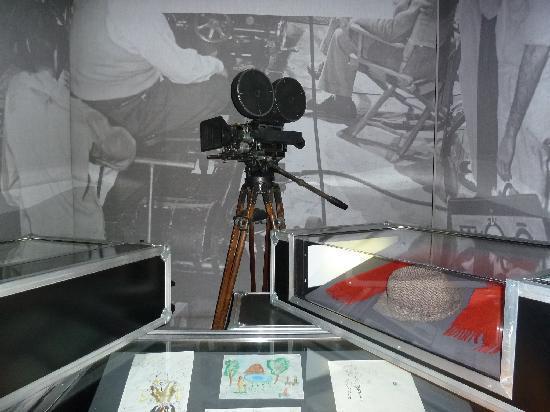 พิพิธภัณฑ์ภาพยนตร์แห่งชาติ: Salas sobre aspectos da cinematografia.