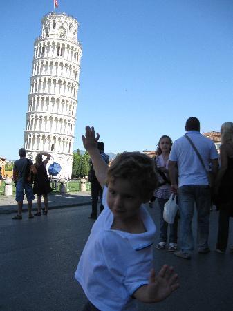 Parco Preistorico: torre. io ti raddtrizzerò