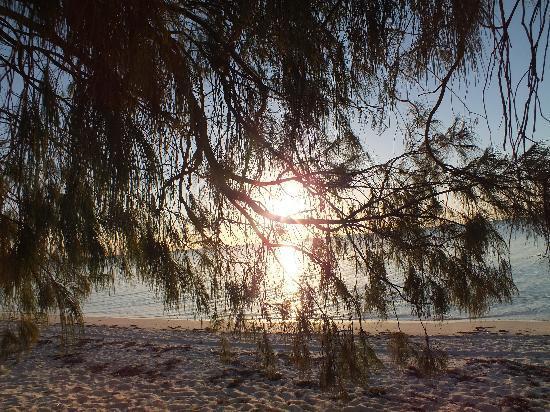 Gite Beaupre : coucher de soleil plage devant le gîte