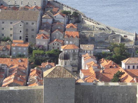 กำแพงเมืองโบราณ: view from above