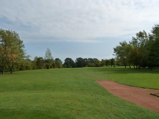 Abbotsley Golf Hotel: Chance to get that driver out!