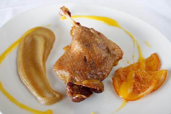 Restaurante Olazal: Confit de pato con salsa de naranja