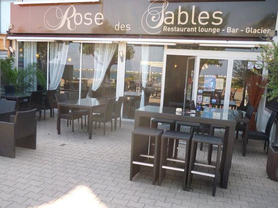 La rose des sables gruissan place cadran solaire restaurant avis num ro de t l phone - Cuisine des sables voiron ...