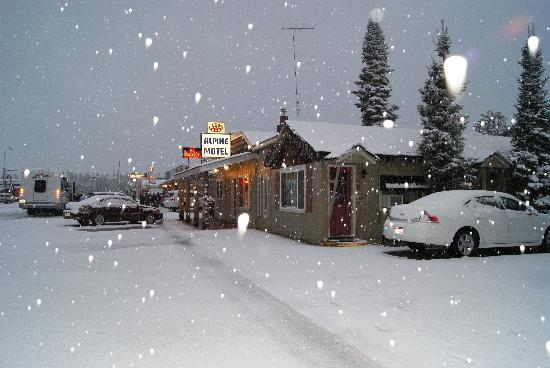 Alpine Motel: Snowstorm in May