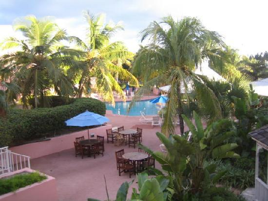 Comfort Suites Paradise Island: view from room
