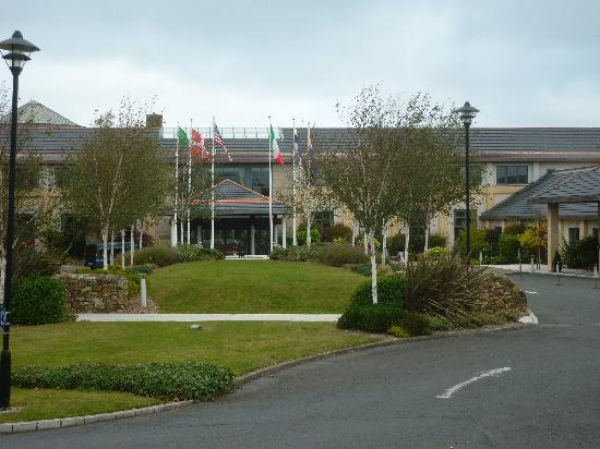 Druids Glen Hotel & Golf Resort : Warm and welcoming