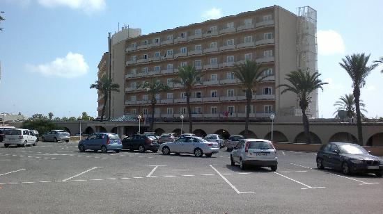 PortBlue San Luis: front of hotel view