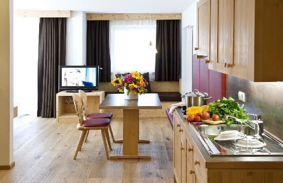 Martina Breakfast Lodge: Zimmer Atelier mit Küche