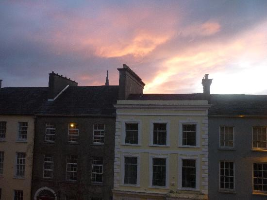 Finnegan's Hostel: good morning tralee
