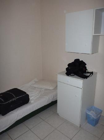 Kallithea, Grèce : room for third person