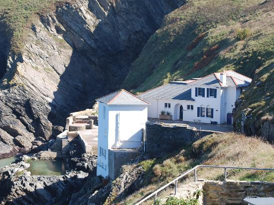 Pendragon Country House : Lewinnick Lodge, Pentire Point