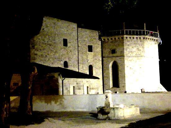 Albergo Sant'Emidio: Fortezza Malatesta
