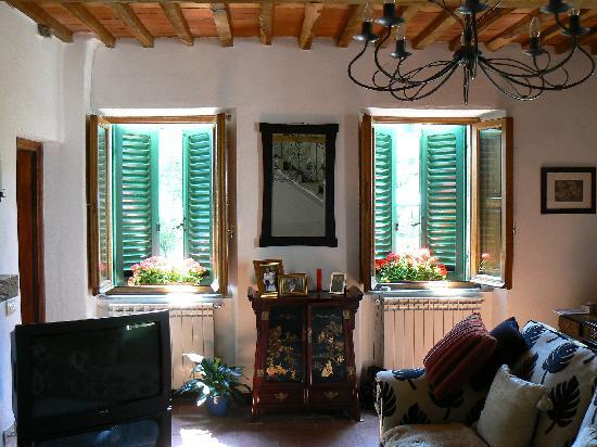 It\'s hot outside, but cool indoors - Picture of Castagni d\'Oro B&B ...
