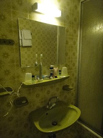 Lorenz Hotel Zentral: Bathroom 2