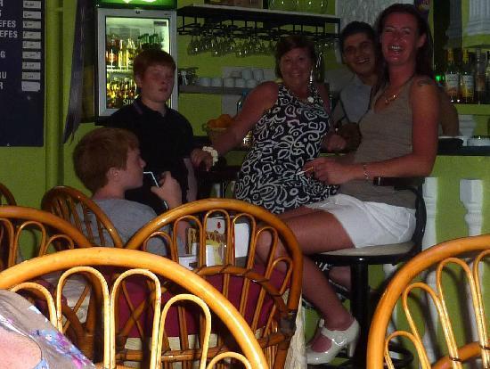 Greasy Spoon Restaurant: The bar