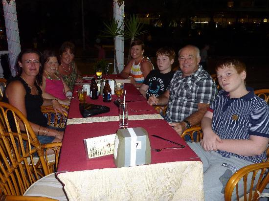 Greasy Spoon Restaurant: The family waiting to eat