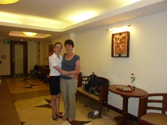 Hanoi Charming 2 Hotel: Friendly Reception