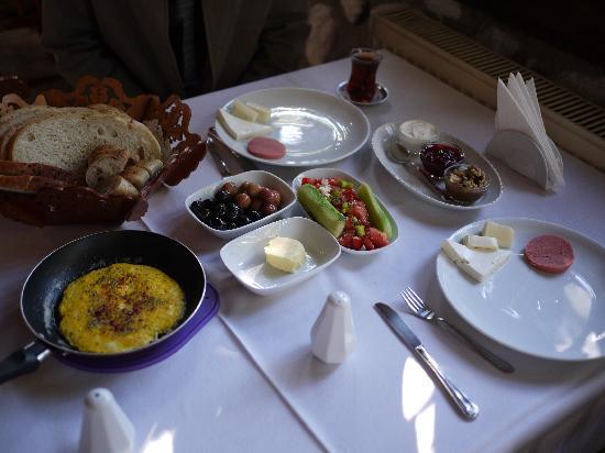 Rasitler Bag Evi : Delicious breakfast!
