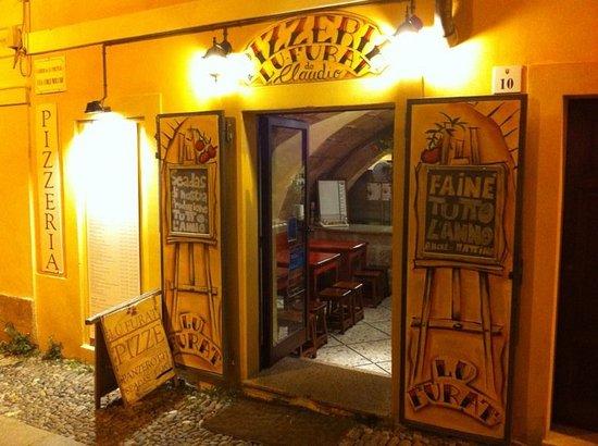 Lu Furat: pizzeria piccola ma modesta, forse la più caratteristica di tutta la citta di Alghero