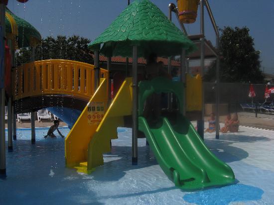 Hotel Villa Glicini: coin enfant