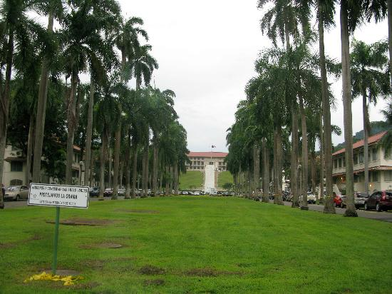 Sendero Panama Tours: Panama canal zone