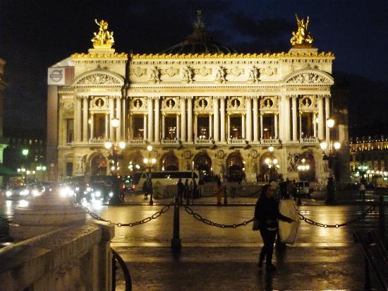 Hôtel Brésil Opéra : LA OPERA de noche
