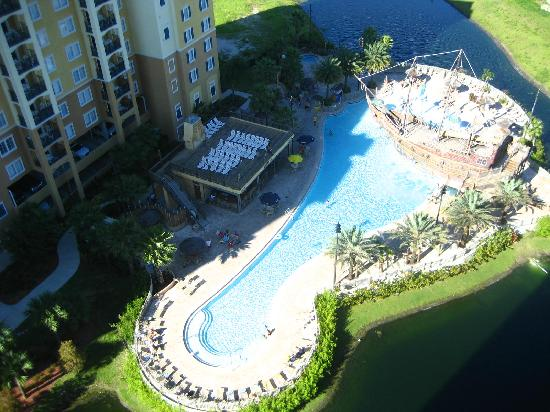 Lake Buena Vista Resort Village & Spa: Looking down onto pool area from 15th floor