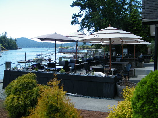 Stickleback West Coast Eatery : Our Stunning Patio