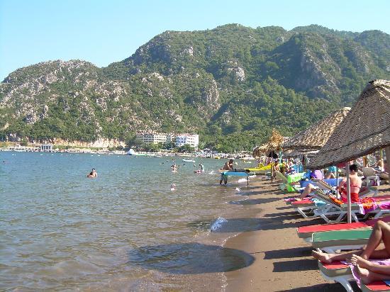 L'Etoile Hotel: The beach