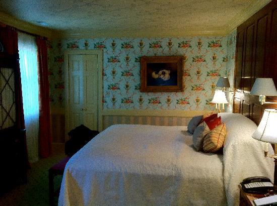 The Inn at Little Washington: suite's bedroom